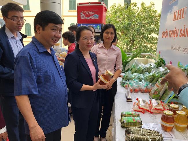 Bàn giải pháp giúp nông dân phát triển sản phẩm OCOP - Ảnh 1.