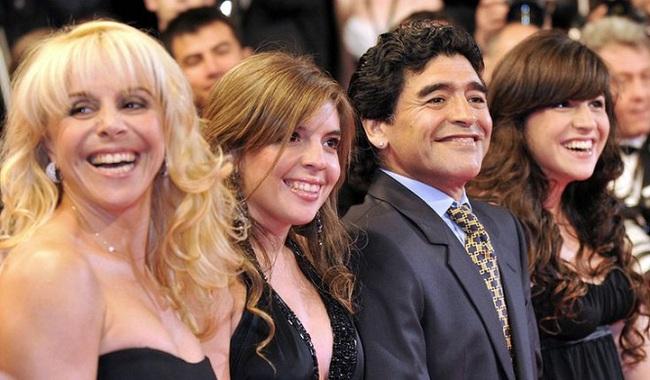 Maradona để lại khối tài sản kếch xù.