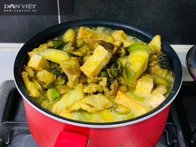Tuyệt chiêu làm món ốc nấu chuối đậu thơm ngon cho ngày đông se lạnh - Ảnh 6.
