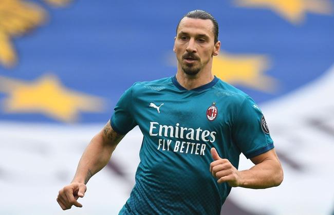 Ibrahimovic bóng gió muốn trở lại tuyển
