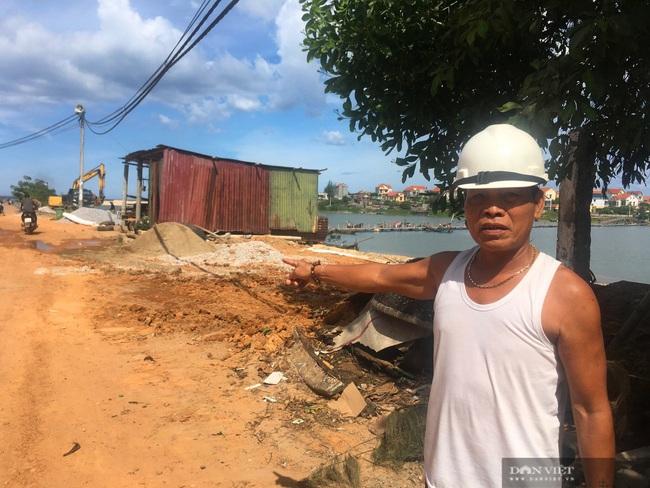 Quảng Bình: Kè biển 26 tỷ đồng thi công gây ô nhiễm môi trường, hỏng nặng sau lũ  - Ảnh 1.