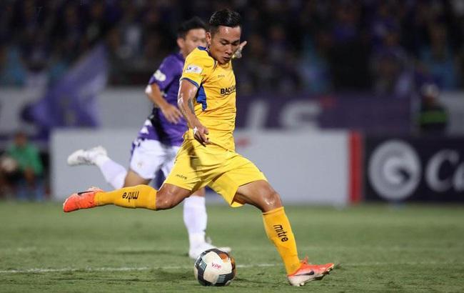 """Tâm thư chia tay chưa """"ráo mực"""", cựu sao U23 Việt Nam nhận tin buồn - Ảnh 1."""