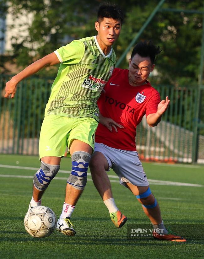 Hình ảnh bế mạc Giải bóng đá NTNN/Dân Việt lần thứ 12 - tranh Cúp Mùa Thu 2020 - Ảnh 10.