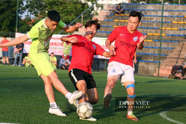 Hình ảnh bế mạc Giải bóng đá NTNN/Dân Việt lần thứ 12 - tranh Cúp Mùa Thu 2020 - Ảnh 8.