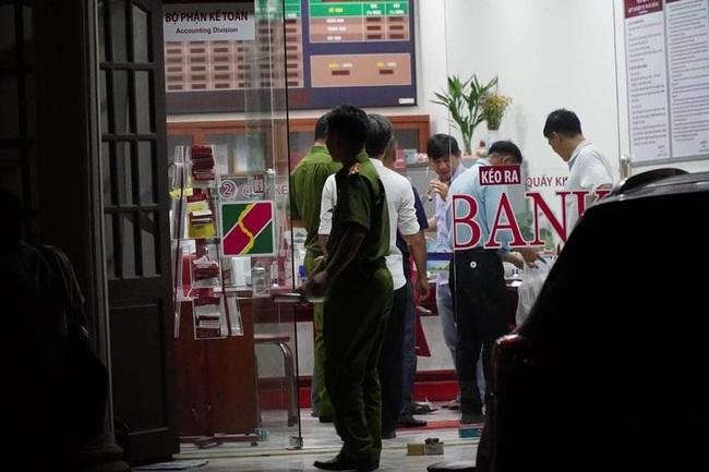 Khởi tố bắt giam thanh niên cướp ngân hàng Agribank ở Đồng Nai - Ảnh 4.