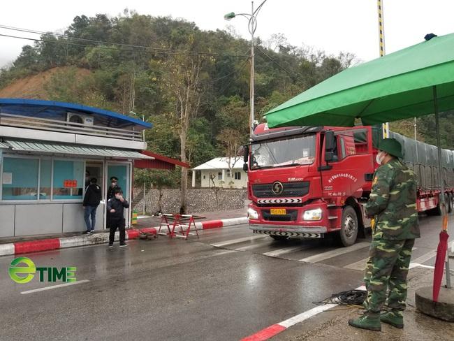 Lạng Sơn: Kiểm soát chặt thực phẩm đông lạnh nhập khẩu từ các nước đang có dịch covid-19 - Ảnh 1.