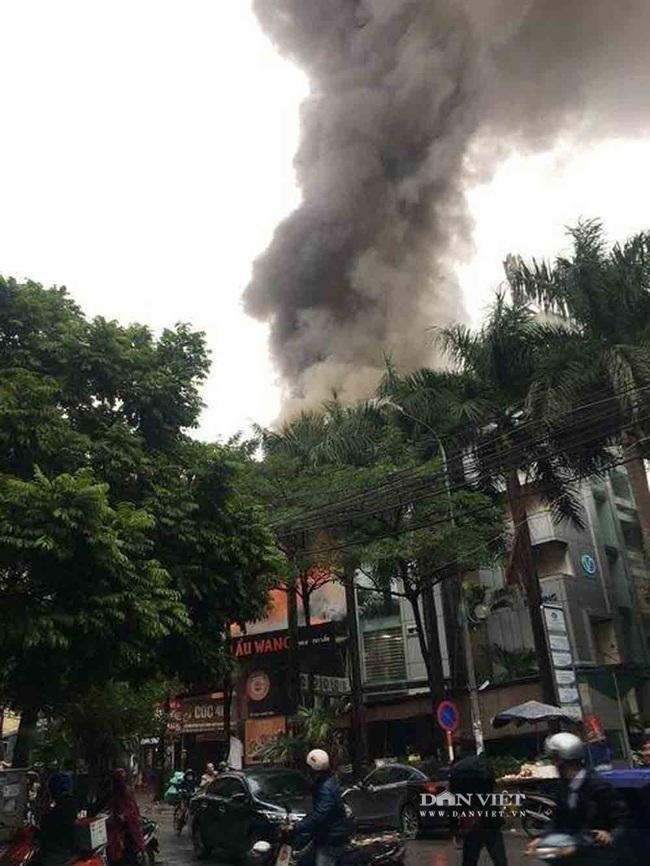 Hình ảnh cháy lớn tại ngoại thành Hà Nội - Ảnh 3.