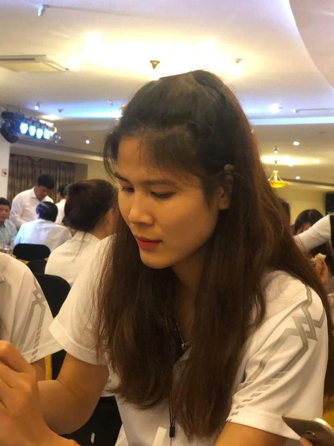 Ngẩn ngơ trước nhan sắc 10 hotgirl của CLB Thông tin Liên Việt Posbank - Ảnh 9.