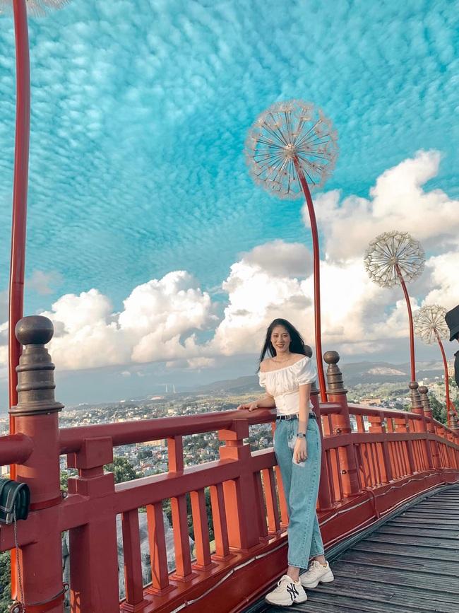 Ngẩn ngơ trước nhan sắc 10 hotgirl của CLB Thông tin Liên Việt Posbank - Ảnh 42.