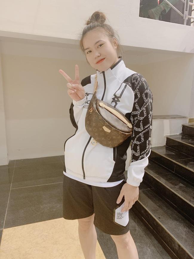 Ngẩn ngơ trước nhan sắc 10 hotgirl của CLB Thông tin Liên Việt Posbank - Ảnh 25.