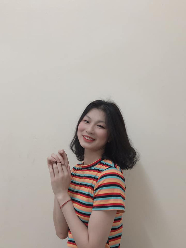 Ngẩn ngơ trước nhan sắc 10 hotgirl của CLB Thông tin Liên Việt Posbank - Ảnh 21.
