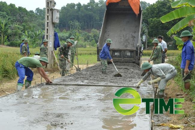 Yên Bái: Huy động gần 700 tỷ đồng để kiến cố đường giao thông nông thôn - Ảnh 1.
