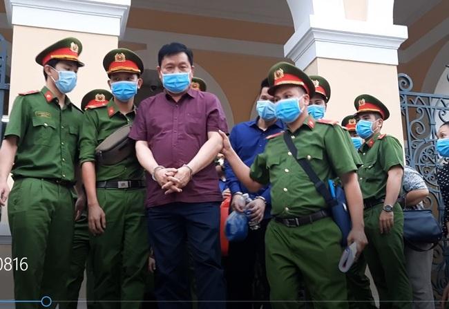 Sai phạm tại cao tốc TP.HCM - Trung Lương: Mập mờ mối quan hệ giữa bị cáo Đinh La Thăng  và bị cáo Hệ - Ảnh 1.