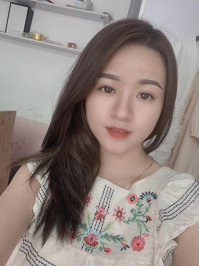 """Vợ tương lai của cầu thủ """"nghèo"""" nhất ĐT Việt Nam: Xinh hết phần người khác - Ảnh 7."""