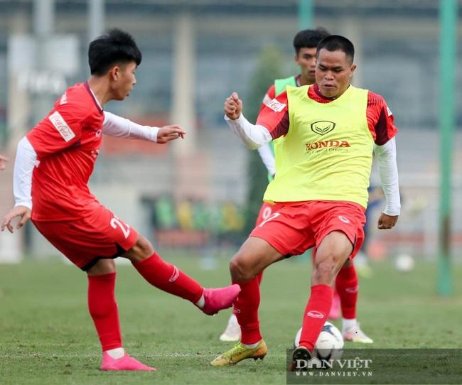 Ngày đầu tập trung U22 Việt Nam có HLV thủ môn Hàn Quốc mới  - Ảnh 4.
