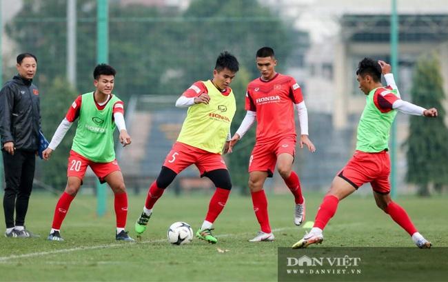 Ngày đầu tập trung U22 Việt Nam có HLV thủ môn Hàn Quốc mới  - Ảnh 5.