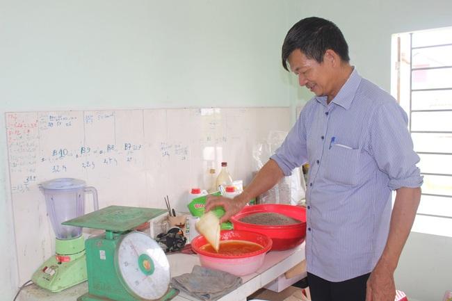 Thăm trang trại cung cấp tôm, cá sạch, thương lái mê tít cho thu hoạch tiền tỷ mỗi năm của lão nông Nam Định - Ảnh 2.