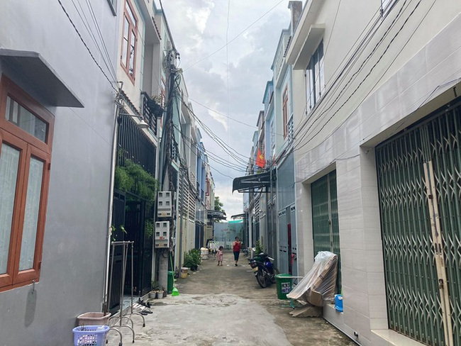 Đồng Nai: Cách chức chủ tịch phường An Hoà vì để xây dựng 35 căn nhà trái phép  - Ảnh 1.