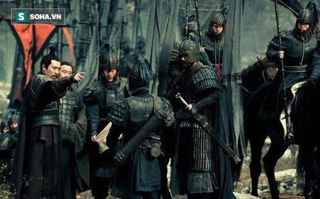 Vô cùng tin tưởng Gia Cát Lượng, tại sao đánh Đông Ngô báo thù cho Quan Vũ, Lưu Bị lại không dẫn theo Khổng Minh? - Ảnh 1.