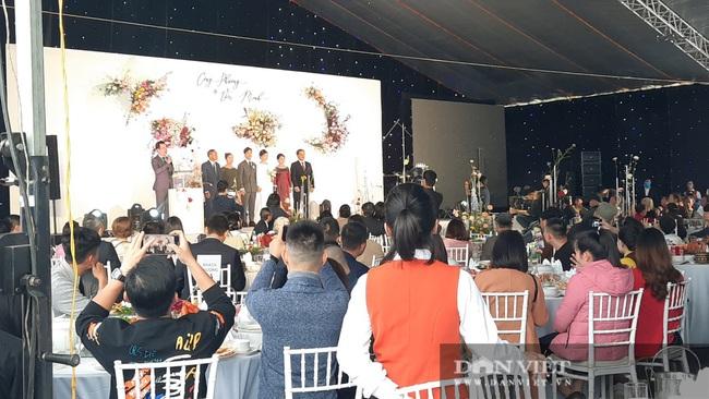 Dế choắt, Phan Văn Đức đến tham dự lễ cưới Công Phượng - Ảnh 1.