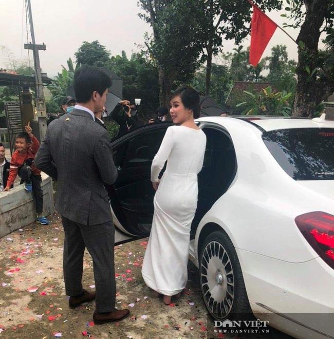 Dế choắt, Phan Văn Đức đến tham dự lễ cưới Công Phượng - Ảnh 2.