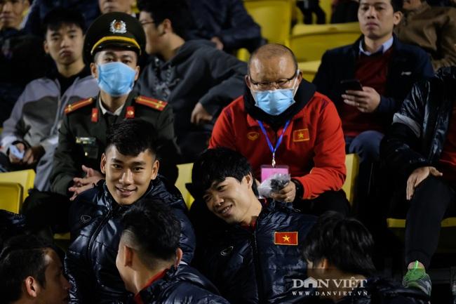 Văn Quyết ghi bàn, đội tuyển Việt Nam thắng ngược U22 Việt Nam - Ảnh 6.
