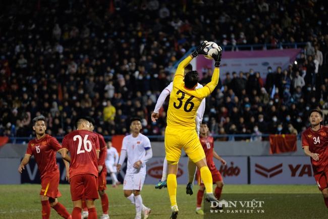 Văn Quyết ghi bàn, đội tuyển Việt Nam thắng ngược U22 Việt Nam - Ảnh 9.