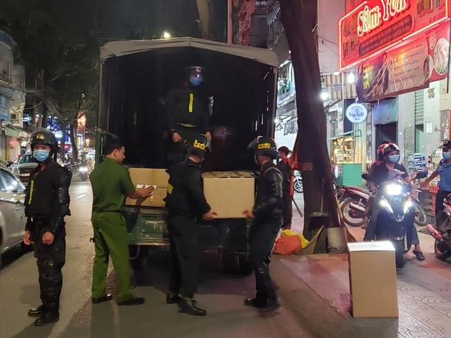 """Lý do Công an điều cả trăm cảnh sát """"vây"""" nhà thuốc Sơn Minh - Sĩ Mẫn - Ảnh 2."""
