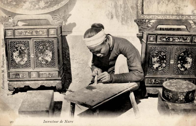 Nghề xẻ gỗ, cắt tóc của người Việt xưa - Ảnh 1.