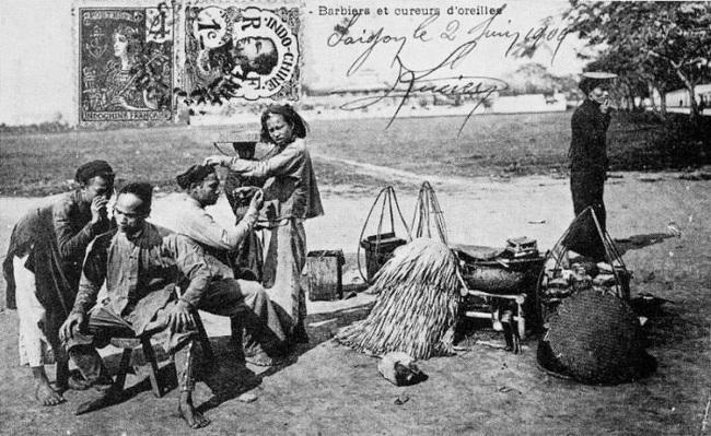 Nghề xẻ gỗ, cắt tóc của người Việt xưa - Ảnh 4.