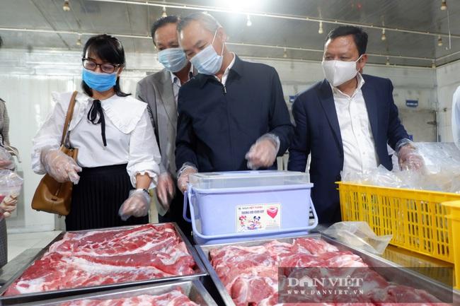 """CLIP: """"Đột nhập"""" trang trại nuôi 4.000 con lợn, một ngày bán hơn 2 tấn thịt, thu 80 tỷ đồng/năm - Ảnh 7."""