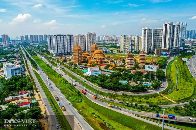 Có thành phố Thủ Đức, BĐS TP.HCM sẽ hồi phục vào năm 2021 - Ảnh 1.