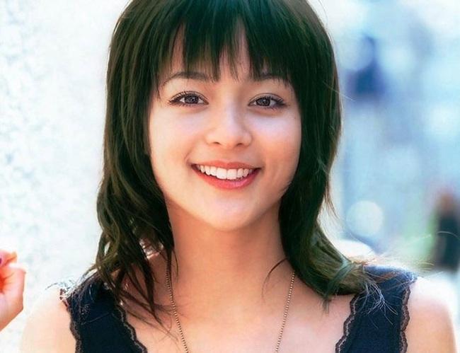 Vợ của Daisuke Matsui là diễn viên nổi tiếng ở Nhật Bản - Ảnh 8.