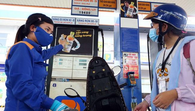 Quỹ Bình ổn giá xăng dầu năm 2019 còn gần 2.800 tỷ đồng - Ảnh 1.