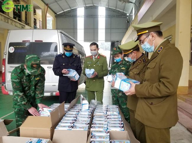 Lạng Sơn: Chặn ô tô chở 37.000 khẩu trang tại khu vực cửa khẩu  - Ảnh 1.