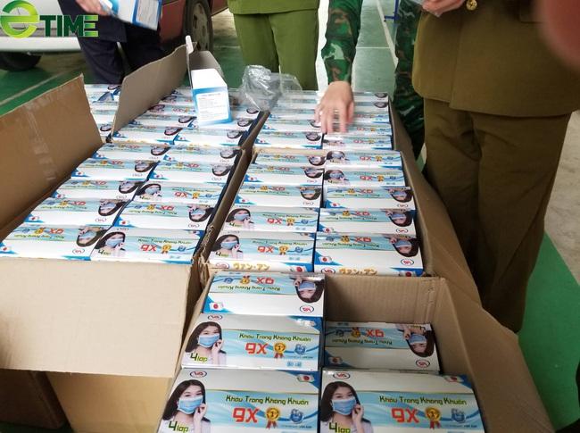 Lạng Sơn: Chặn ô tô chở 37.000 khẩu trang tại khu vực cửa khẩu  - Ảnh 2.