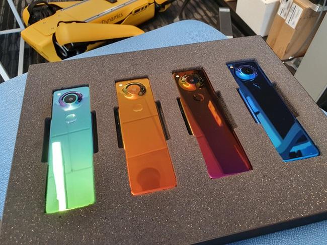 """""""Cha đẻ Android"""" đóng cửa công ty công nghệ Essential - Ảnh 3."""