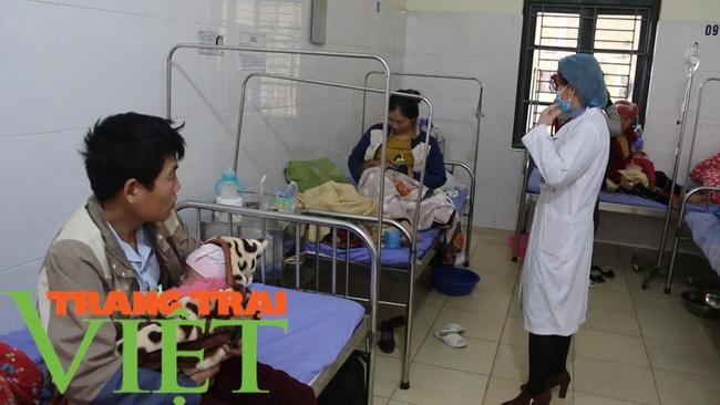 Bệnh viện Đa khoa Mai Sơn: Không ngừng đổi mới vì sự hài lòng của người bệnh  - Ảnh 6.