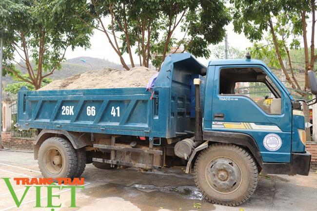 Mường La (Sơn La) kiểm tra, xử lý khai thác cát trái phép - Ảnh 2.