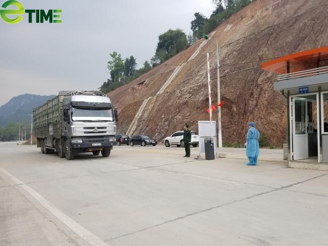 """Lạng Sơn: Điện đàm """"bàn kế"""" tăng cường XNK hàng hóa qua cửa khẩu - Ảnh 2."""