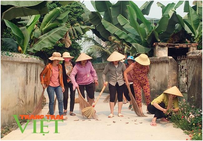 Điện Biên: Nông dân Thanh Yên giữ vững tiêu chí môi trường trong xây dựng NTM - Ảnh 2.