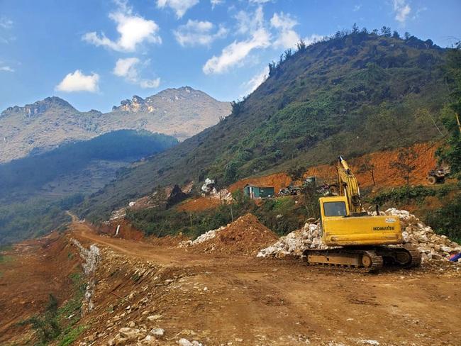 Cận cảnh dự án nghỉ dưỡng nghìn tỷ Mecure Sapa Resort & Spa sai phạm - Ảnh 10.