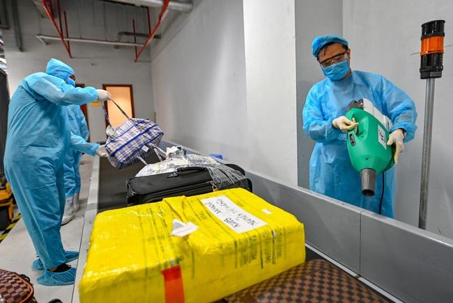 Sân bay Vân Đồn đón thêm 56 công dân Việt Nam từ Ukraine về nước  - Ảnh 4.