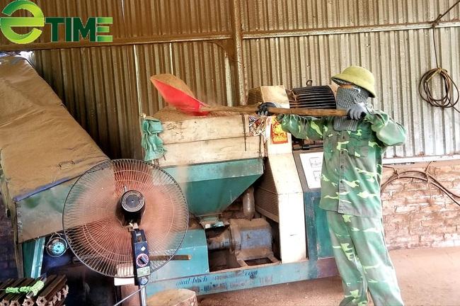 Ông chủ 8X khởi nghiệp làm than sạch từ thứ cả làng vứt đi  - Ảnh 2.