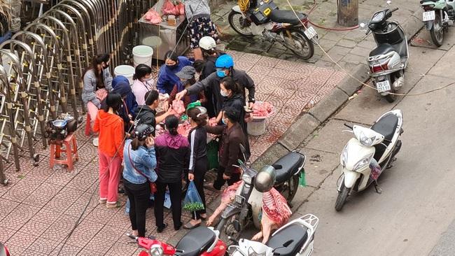 Giá lợn vừa giảm nhẹ lại bật tăng hơn 160.000 đồng/kg - Ảnh 1.