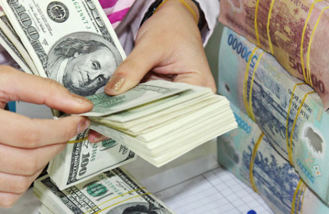 Tỷ giá ngoại tệ hôm nay 23/4 giằng co như chứng khoán - Ảnh 1.