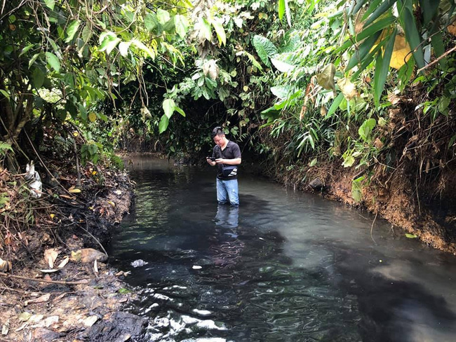 Vụ nguồn nước sông Đà bị nhiễm dầu bẩn: Viwasupco… tăng lương Ban TGĐ - Ảnh 1.