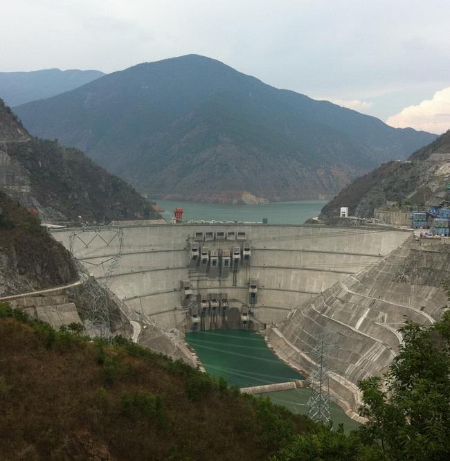 Trung Quốc bị nghi giữ nước gây hạn, dự báo năng suất lúa gạo Việt Nam giảm hơn 3% - Ảnh 3.