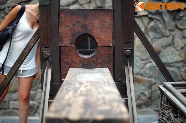 Cảnh quặn lòng trong bảo tàng chiến tranh nổi tiếng Việt Nam - Ảnh 2.