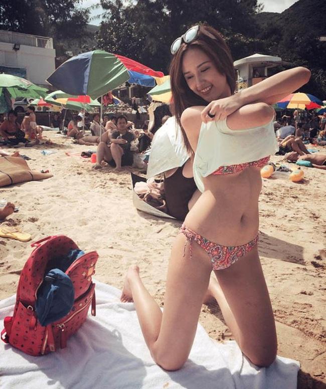"""Mai Phương Thúy hiếm hoi mặc bikini khoét sâu """"đốt mắt"""", trở lại dẫn đầu hội mỹ nhân quyến rũ - Ảnh 8."""